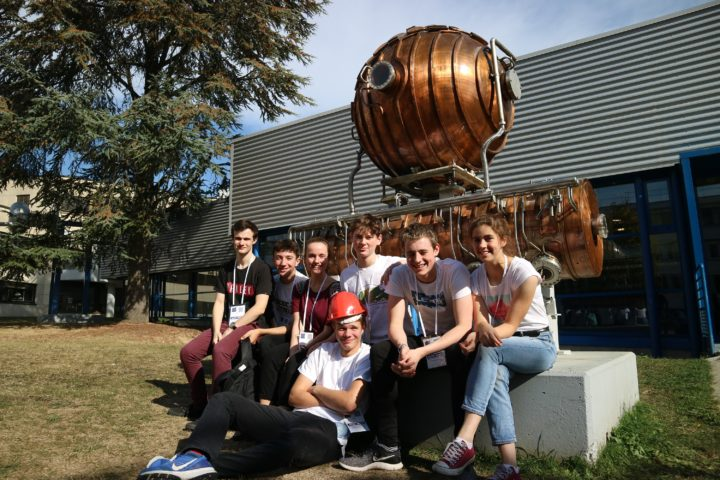 Magdalen College School Sixth Form Physics A-level students