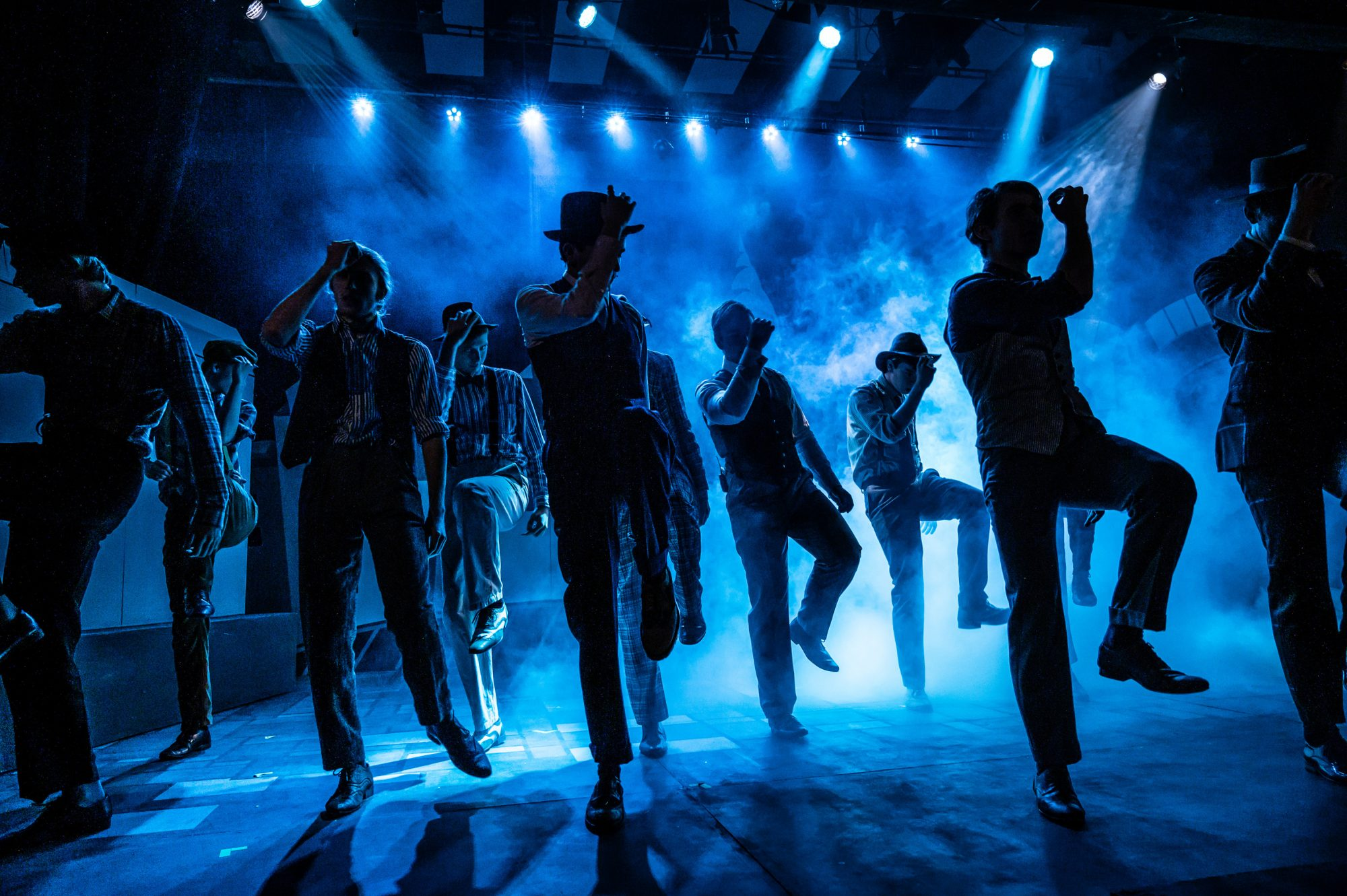 Magdalen College School pupils in Guys and Dolls Musical